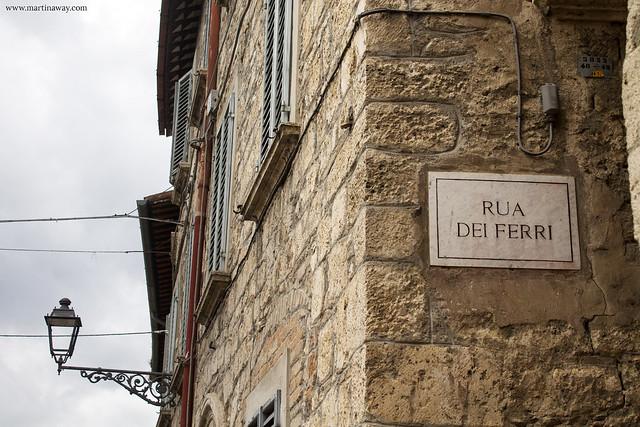 Rua dei Ferri