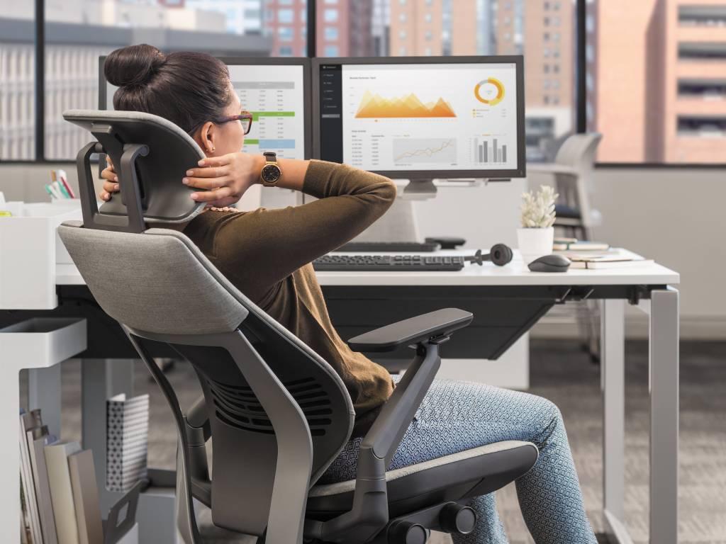 ergonomic office chair headrest
