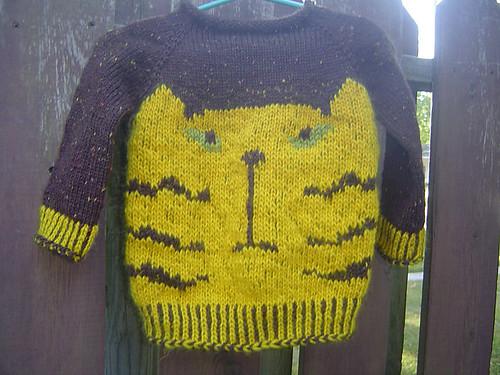 Karen (knitnspin)'s Grumpy Cat sweater