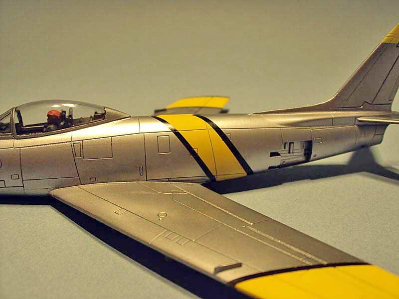 F-86 Sabre (Airfix 1/72) - Sida 2 44040574575_fe06264d8e_b
