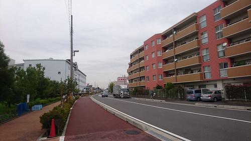 2018/9/20 わらびりんご通りの路上待機トラック
