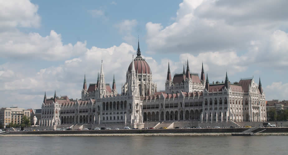 De leukste wijken van Boedapest, Parlementsgebouw Boedapest | Mooistestedentrips.nl