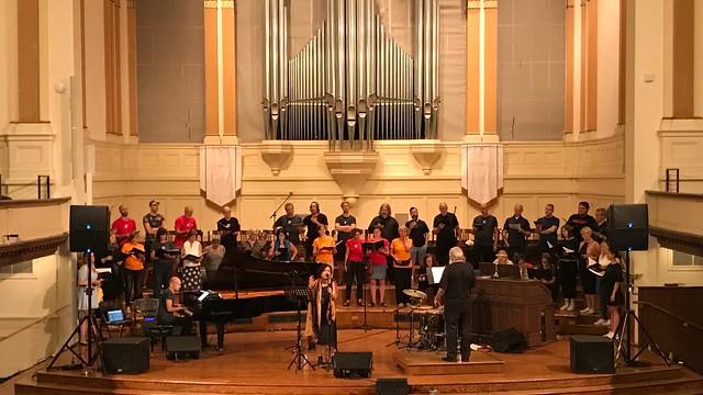 Mahsa Vahdat & SKRUK Choir