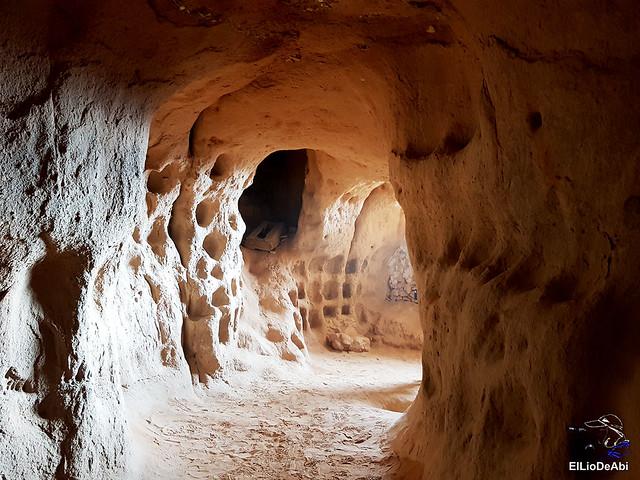 Descubre las Cuevas de los Cien Pilares en Arnedo (15)