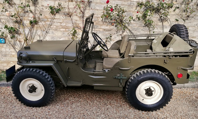 9908f425-willys-jeep-steve-mcqueen-4