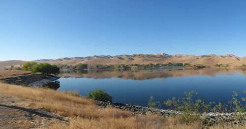 2018-10-22 - A walk around Contra Loma's Lake