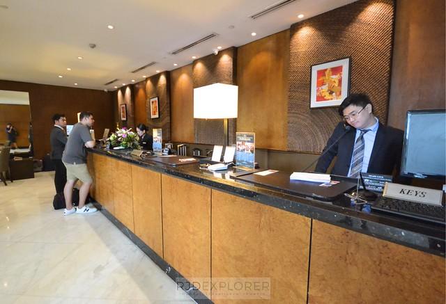 city garden hotel makati front-desk