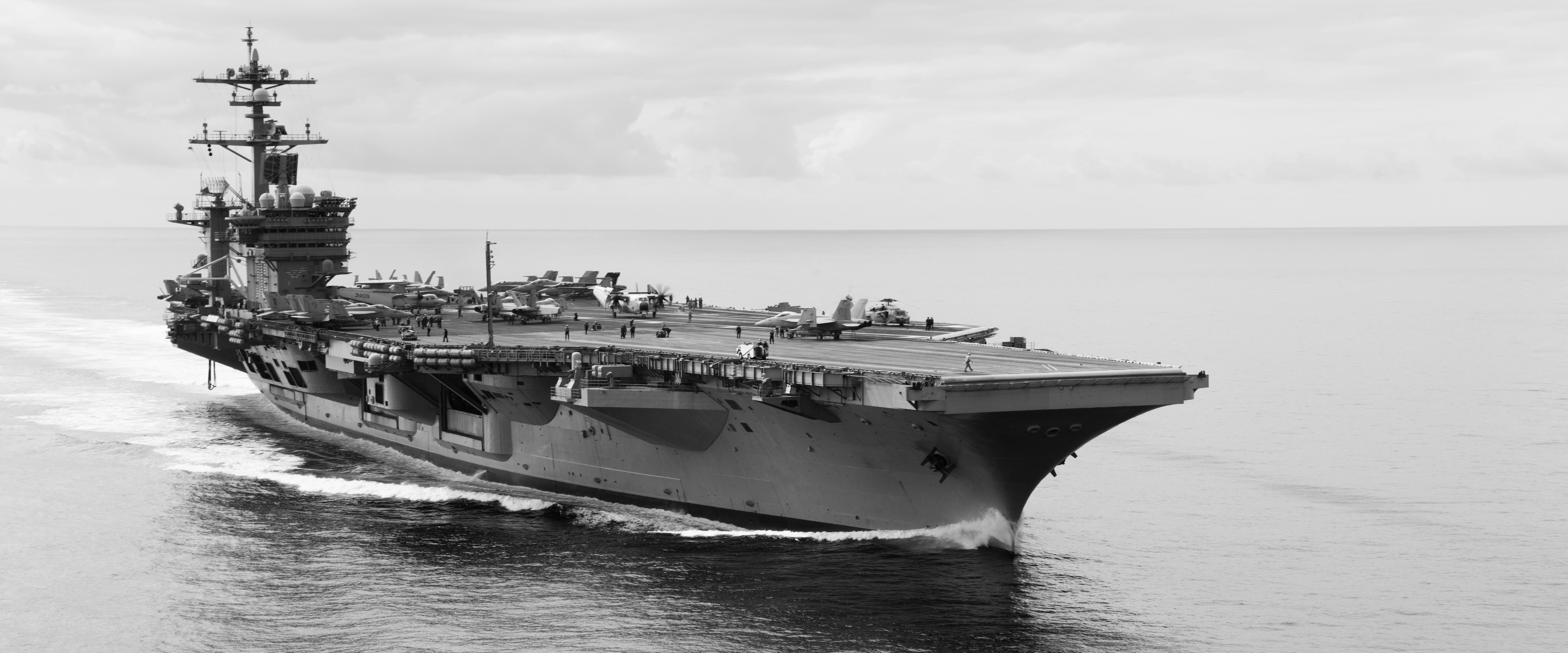 CV & CVN : Aircraft Carriers - Porte-avions - Page 26 30690472517_25475962c6_o