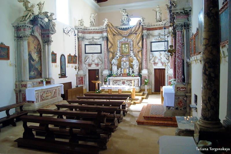 Церковь Святой Клары и Которе