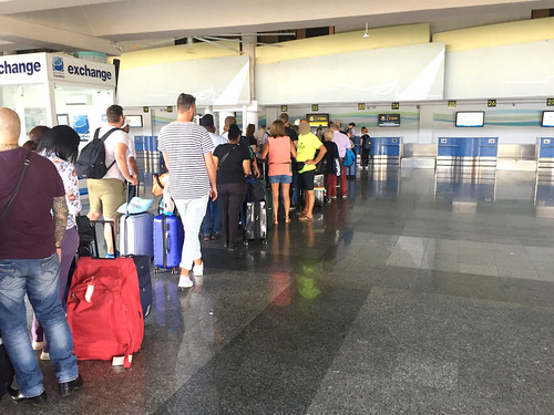 Waiting line - Condor CheckIn - Aerodom Puerto Plata