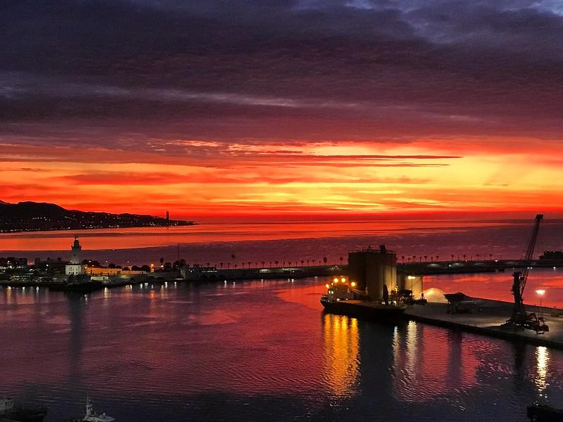 Preciosa salida de sol en Málaga