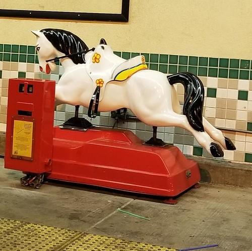2000s Horse kiddie ride