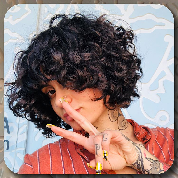 Best Haircuts For Curly Hair 2019 That Stand Out 19