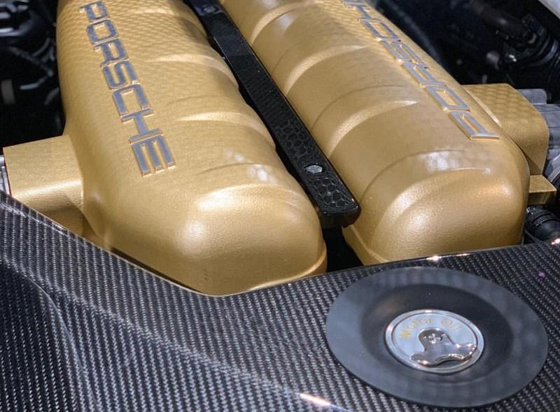 e7b77e5b-porsche-classic-carrera-gt-12