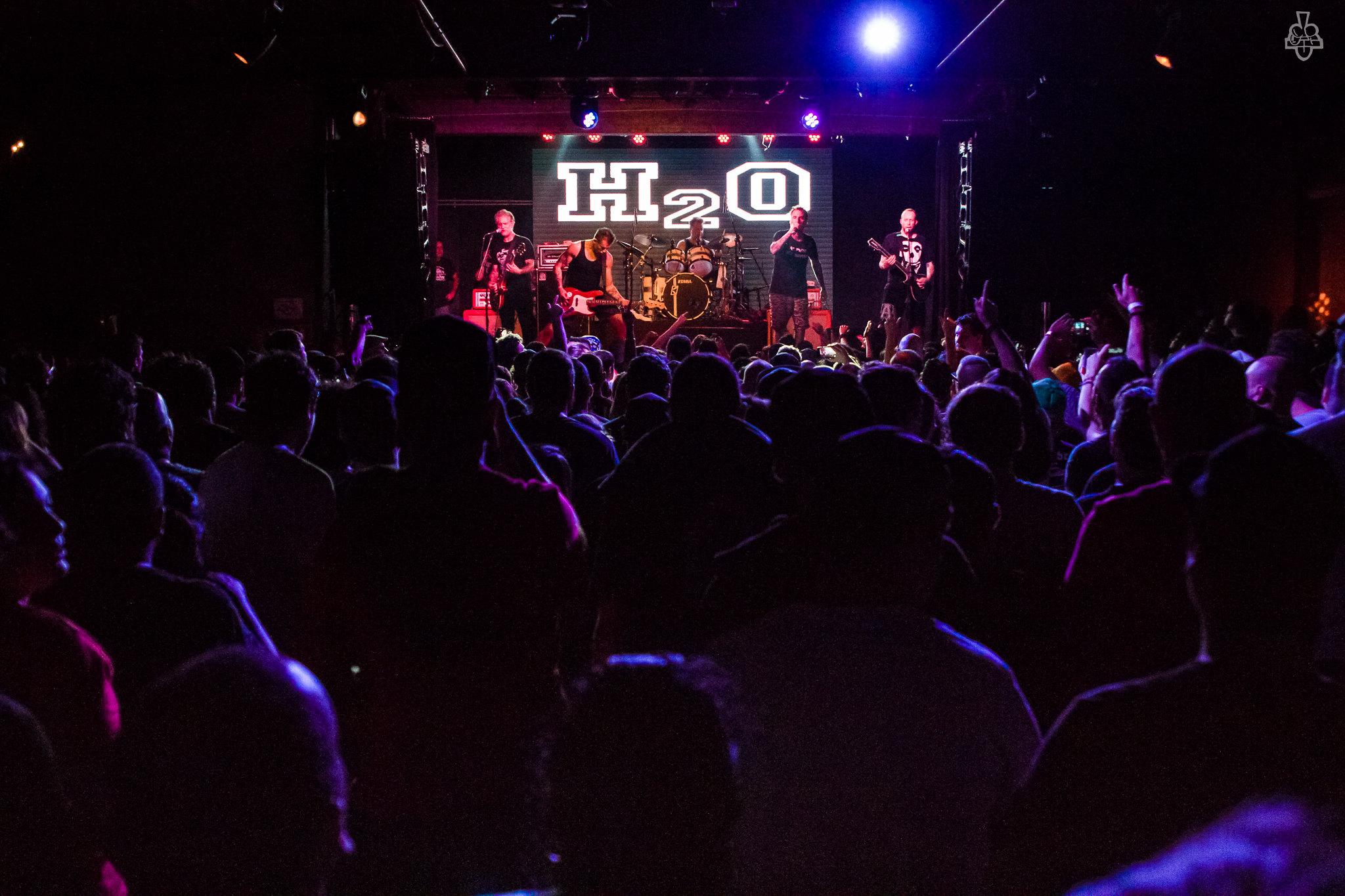 """H2O se apresentou em São Paulo, comemorando 10 anos de """"Nothing To Prove"""""""