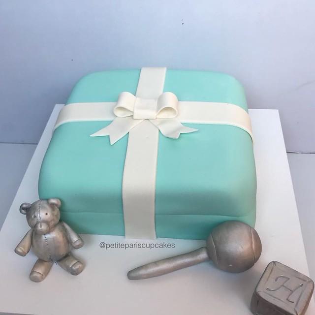 Cake by Petite Paris Cakes & Cupcakes