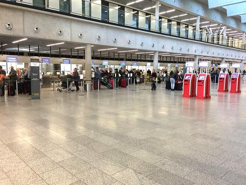 17 - Flughafen Frankfurt - CheckIn Condor