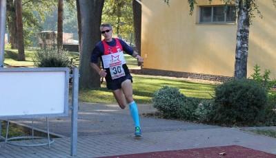 Miler vyrovnal rekordní počet prvenství v Drozdově lesním běhu