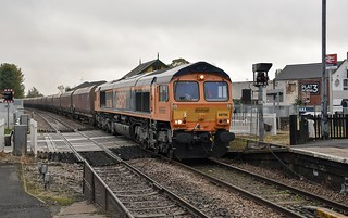 66786 arrives into Worksop working 4R70