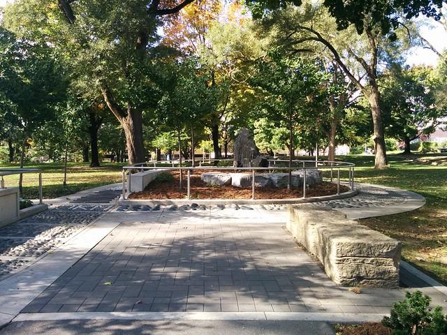 In Dufferin Grove Park (9) #toronto #dufferingrove #dufferingrovepark #parks #fall #autumn #latergram