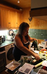 Canon EOS 60D - Cooking With Friends - Caroline in the Kitchen
