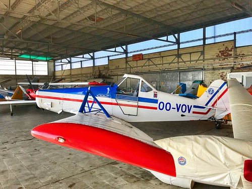 Private Piper PA-25-235 Pawnee C 'OO-VOV' EBSH