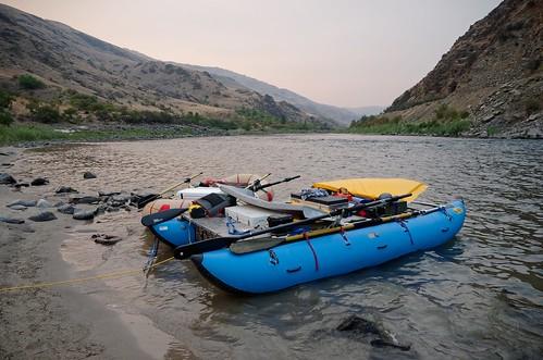idaho rowing rafting mainsalmonriver riverofnoreturn nrs rivercat pontoon cataract
