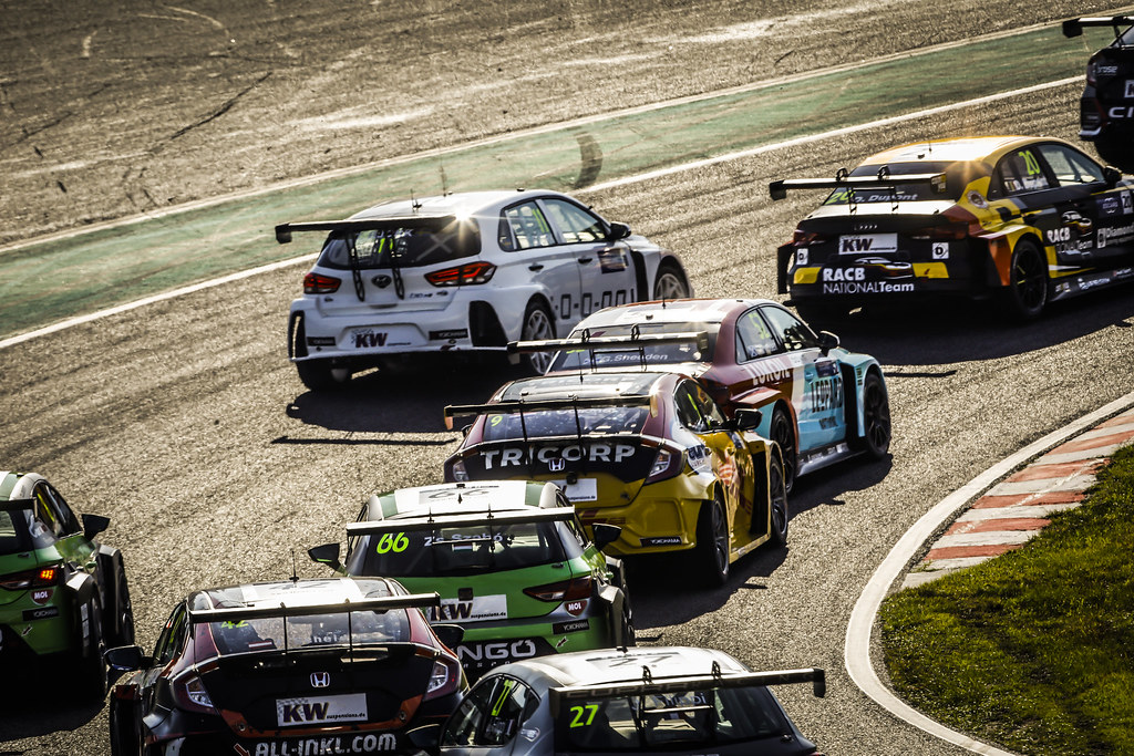 Start race 1 during the 2018 FIA WTCR World Touring Car cup of Japan, at Suzuka from october 26 to 28 - Photo Francois Flamand / DPPI