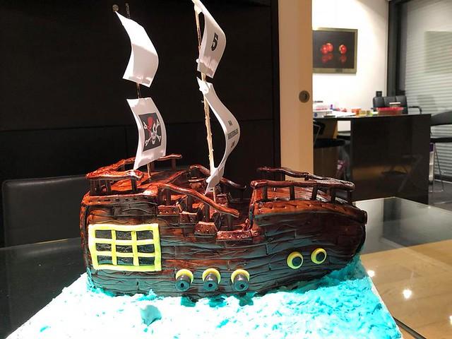 Cake by Alex's Cakes Paris