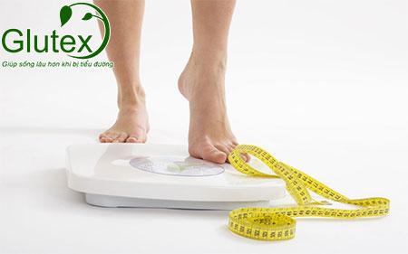 Sụt cân - một trong những triệu chứng bệnh tiểu đường ở người trẻ