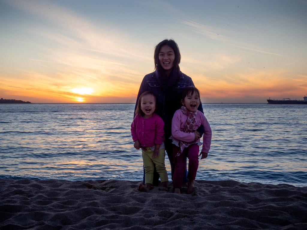 Viña del Mar beach is beautiful at sunset