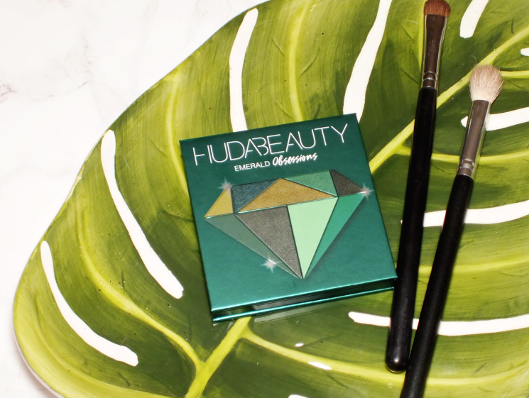huda beauty emerald obsessions palette (5)