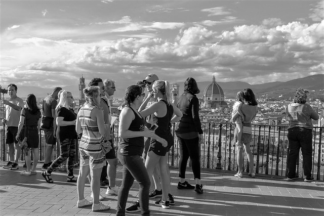 Tourists at the piazzale michelangelo