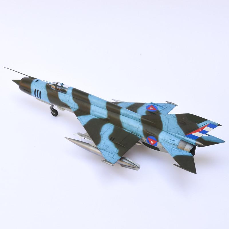 MiG-21R 03