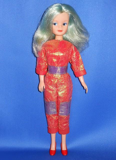 1986 Colour Magic Sindy Doll, Nikon COOLPIX S6200