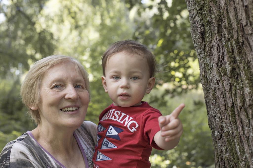 Саша с бабушкой в Братцево