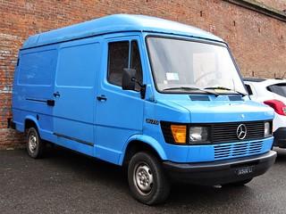 1983 Mercedes 207D