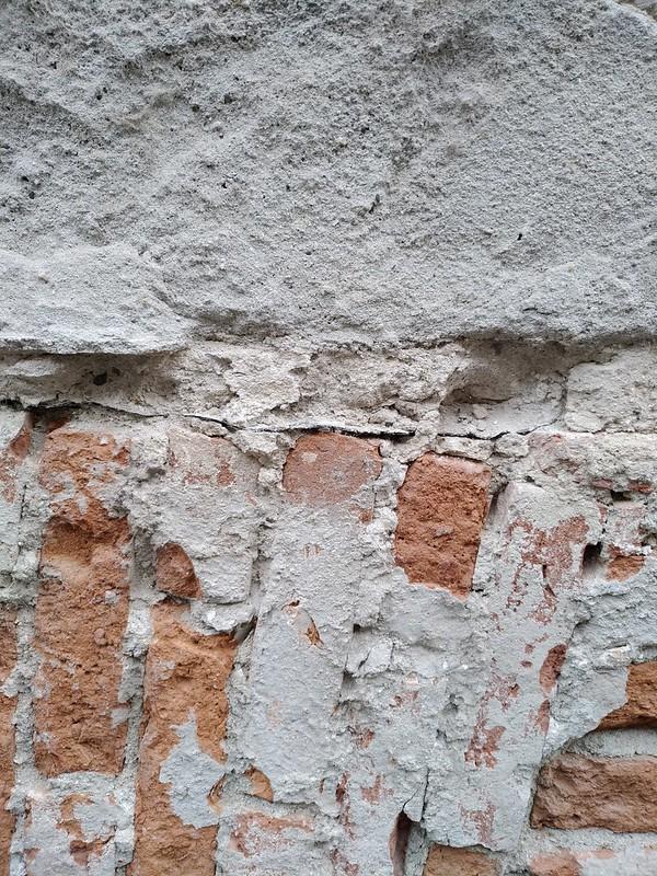 Cracked Brickwall texture #2