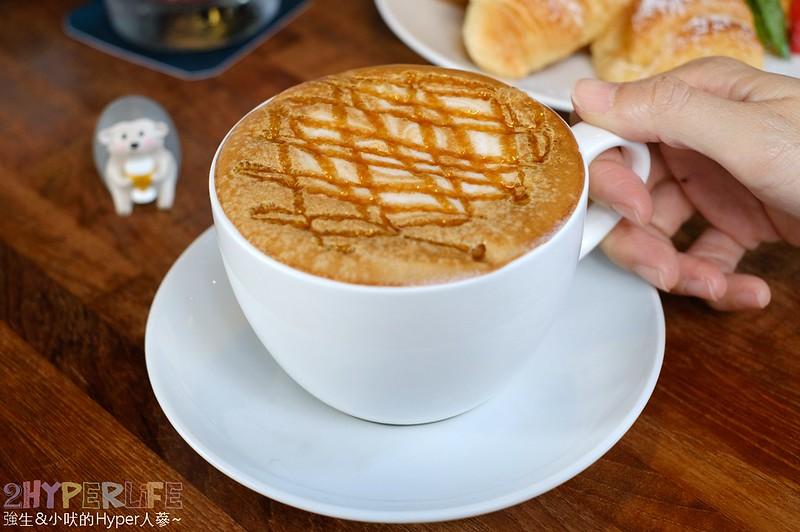做咖啡二店 (23)