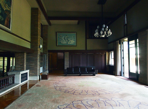 まんぷくロケ地・甲子園会館ロビー2