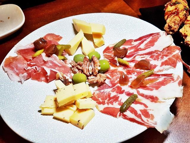 Charcuterie Platter - Prosciutto Di Parma, Coppa Ham, Truffle Gouda, Aged Comte
