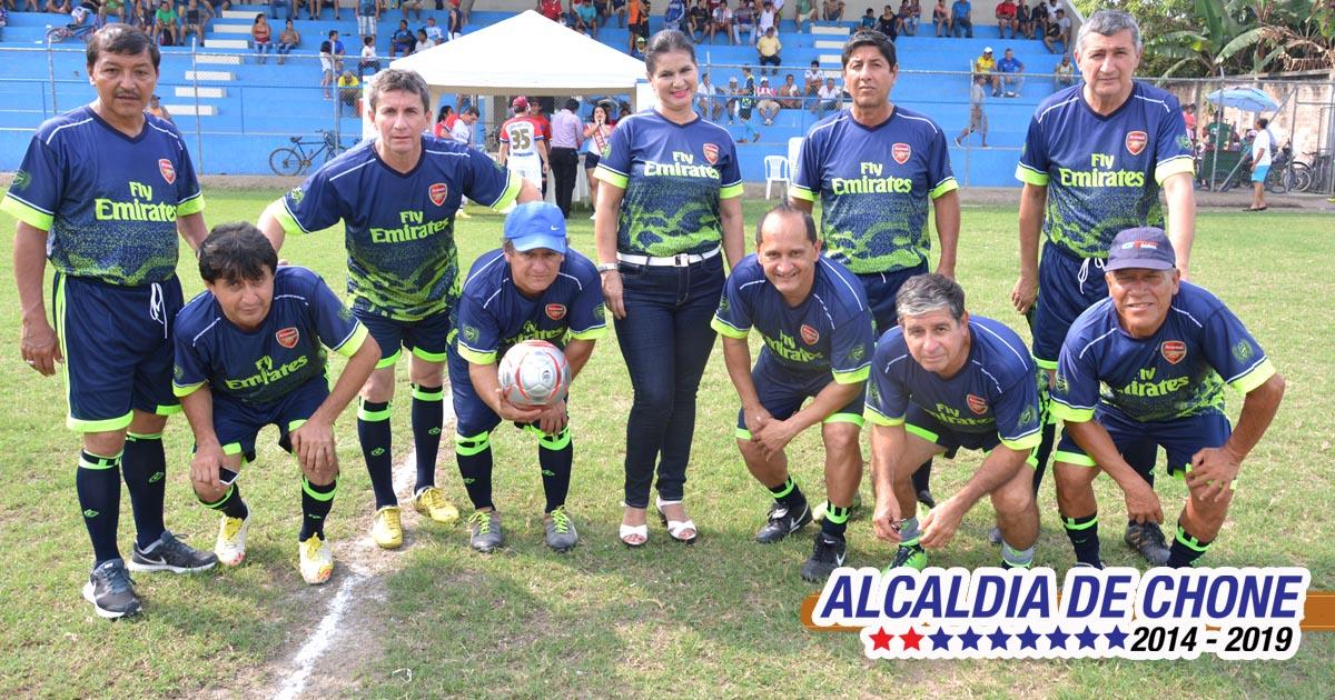Continúa campeonato Súper Máster de fútbol