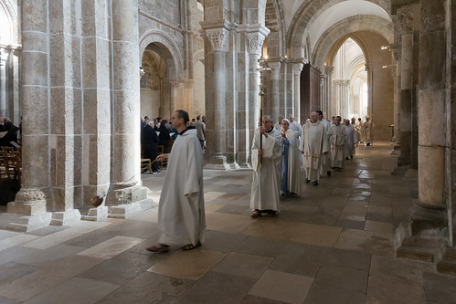 FMJ 25 ans à Vézelay Messe du samedi