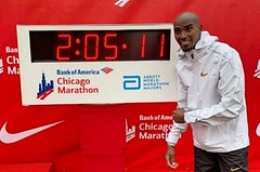 Mo Farah vyhrál maraton v Chicagu v novém evropském rekordu