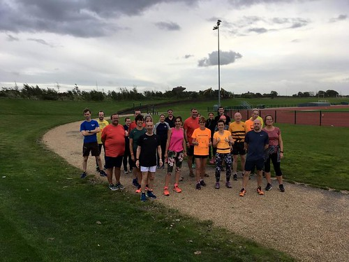 Runners line up at the start of our new surface-testing freedom run on 19.09.18.