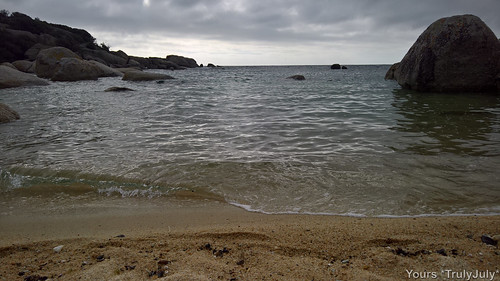 Even when the weather's not perfect, Oudekraal Beach is a sheltered spot.