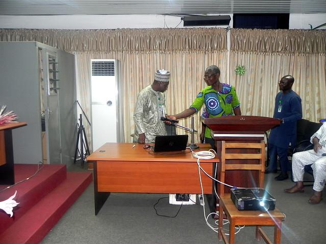 Présentation du Bilan de fin du mandat du Directeur de l'EPAC