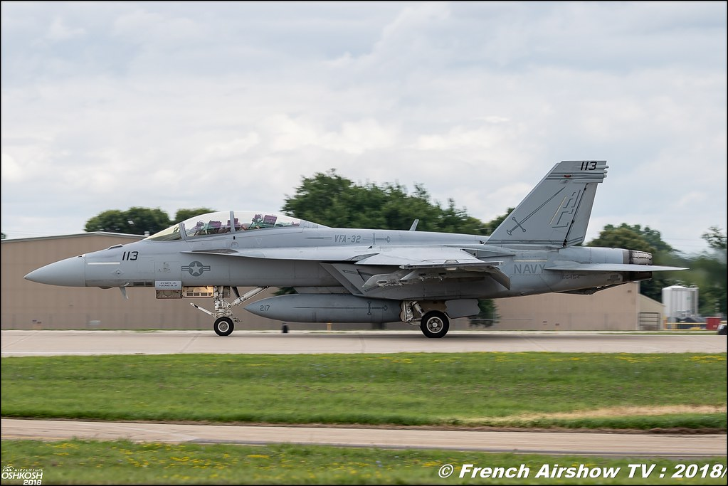 Boeing F/A-18 Super Hornet Review eaa oshkosh airventure airshow meeting aerien