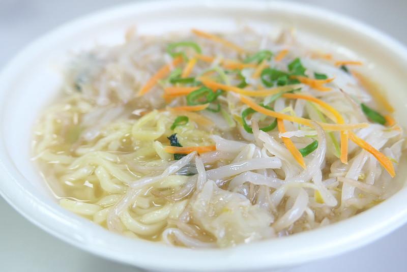 セブンイレブン 1/2日分の野菜!味わいスープのタンメン