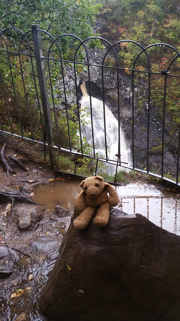 10 Foyers Falls